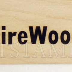 Выжигание логотипа при помощи клише на дереве